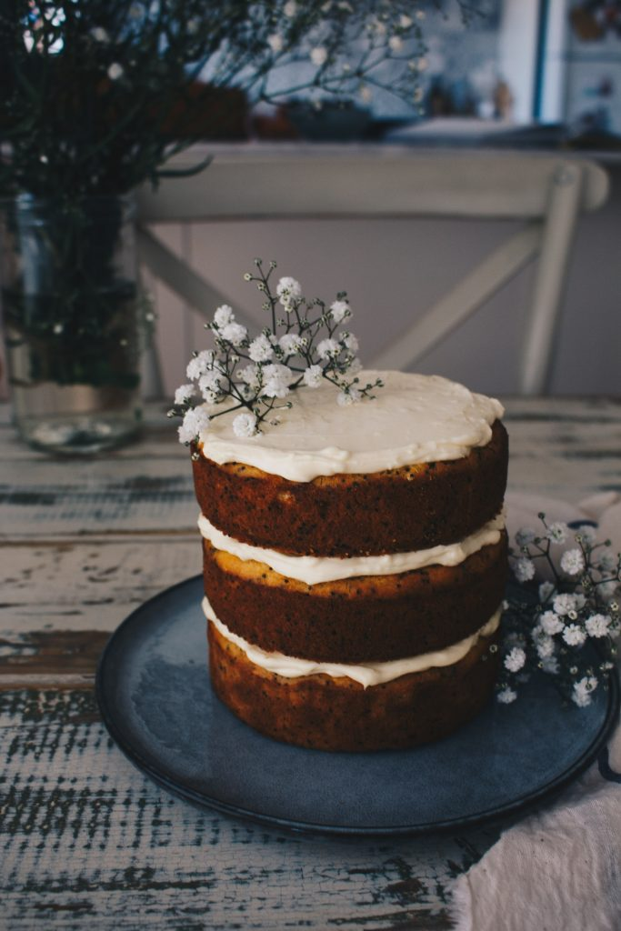 Low FODMAP Orange & Poppy Seed Cake