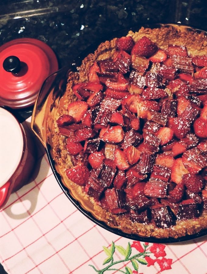Strawberry & Rhubarb Crumble Tart